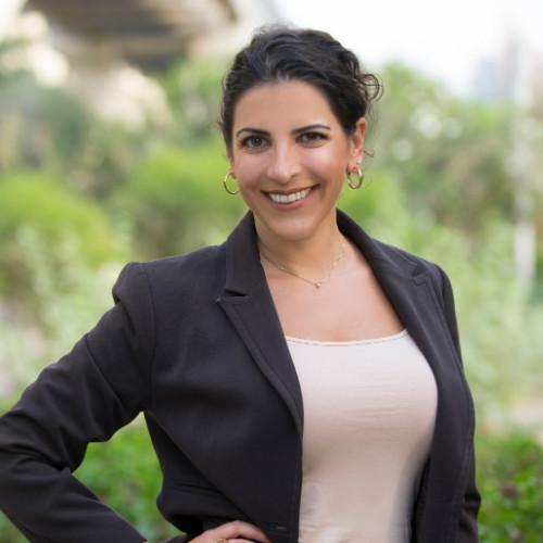 Jennifer Baxavanis B2B Sales Coach and Entrepreneur